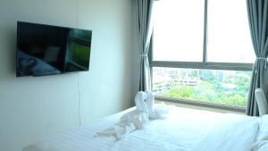 Peak Tower in Phatumnak (Seaview), Apartments  Pattaya South - big - 36