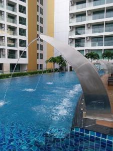 Peak Tower in Phatumnak (Seaview), Apartments  Pattaya South - big - 25