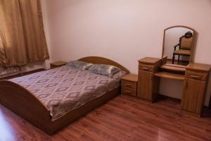 3-Bedroom Apartment near EXPO, Apartmány  Astana - big - 16
