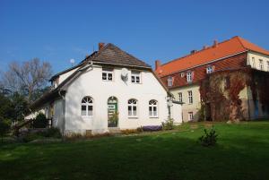 Wohnung Malchow - [#65845], Apartmanok  Borkow - big - 19