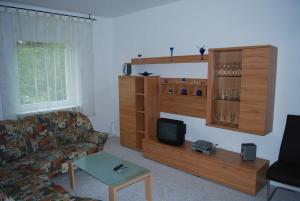Wohnung Malchow - [#65845], Apartmanok  Borkow - big - 17
