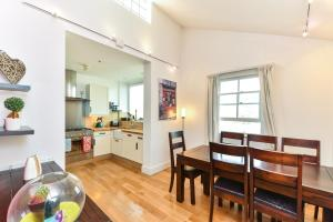 NEW 2 Bedroom Flat In Oval Well Connected to City!, Apartmanok  London - big - 10