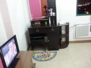 Fully Furnished Studio Apartment-Isabelle Garden, Apartments  Manila - big - 11