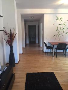 Izvorul Dorului 2, Апартаменты  Синая - big - 12
