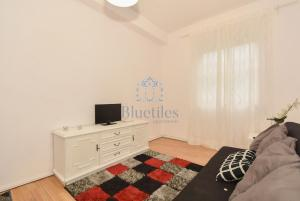 Bluetiles Homely Apartment