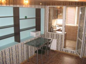 Apartment on Tukhvata Yanabi 22