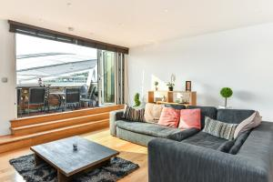 NEW 2 Bedroom Flat In Oval Well Connected to City!, Apartmanok  London - big - 18