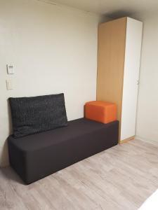 Feel Home Apt 3min walk from subway, Apartments  Seoul - big - 22