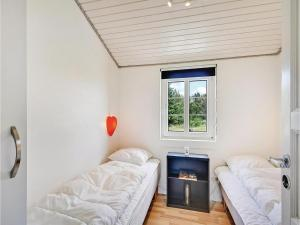 A Picture of Three Bedroom Holiday Home in Ulfborg
