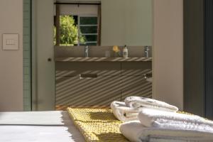Rozenhof Guest Accommodation, Гостевые дома  Стелленбос - big - 57