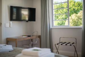 Rozenhof Guest Accommodation, Гостевые дома  Стелленбос - big - 43