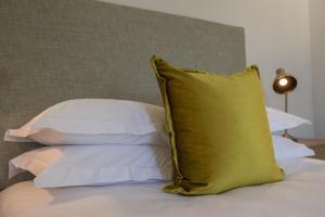 Rozenhof Guest Accommodation, Гостевые дома  Стелленбос - big - 42