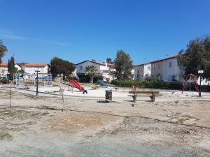 Beach House at Seafront, Dovolenkové domy  Meneou - big - 12