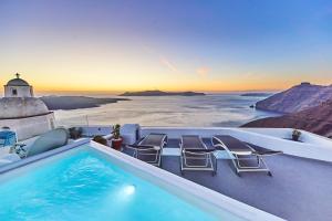 Trieris Villa & Suites(Fira)