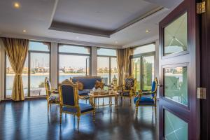 Bravoway Holiday Home - Royal Moroccan Palm Jumeirah Villa