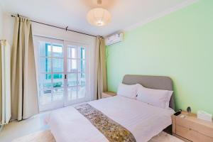 Nice Homestay 500 Meter Near Wangjjing Subway Station