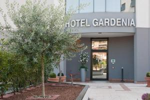 Prenota Hotel Gardenia