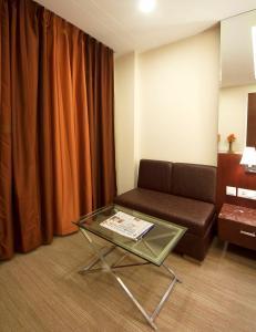 Hotel Golden Grand, Отели  Нью-Дели - big - 3