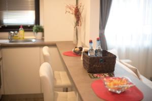 Andreea's Apartment, Апартаменты  Бухарест - big - 3