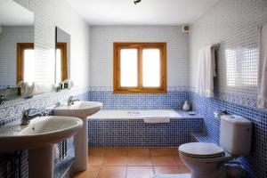 Casa Calazul, Загородные дома  Orba - big - 12