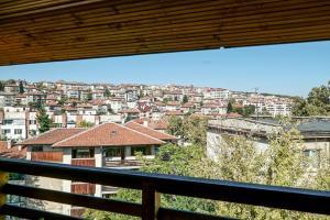 Apartment Ray ot Durvo, Апартаменты  Велико-Тырново - big - 5