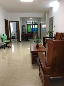 Zhanjiang City Plaza Hotel, Privatzimmer  Zhanjiang - big - 1