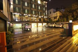 Hotel Golden Grand, Отели  Нью-Дели - big - 64