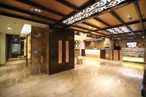 Hotel Golden Grand, Отели  Нью-Дели - big - 42