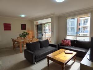 Two Bedroom Apartment Buchanan Street(BUCHN)