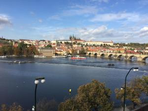 APARTMENT next to CHARLES BRIDGE 200 m