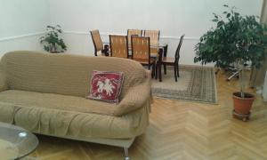Апартаменты Проспект Нефтяников - фото 13