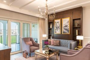 Lady Astor Suite