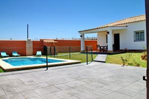 Chalet Cala de Roche, Holiday homes  Roche - big - 16