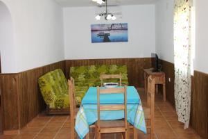 Chalet Cala de Roche, Holiday homes  Roche - big - 10