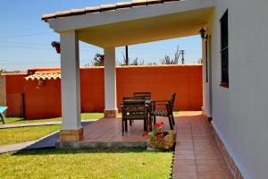 Chalet Cala de Roche, Holiday homes  Roche - big - 7