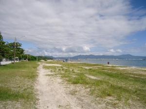Casa pé na areia em Porto Belo, Nyaralók  Porto Belo - big - 7
