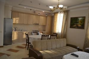 panorama from 16-th floor, Apartmány  Yerevan - big - 21