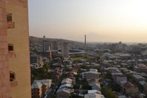 panorama from 16-th floor, Apartmány  Yerevan - big - 2
