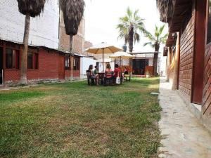 Casa Camelias, Hostince  Huanchaco - big - 4