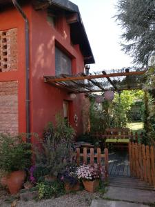Il Pettirosso, Bed and breakfasts  Certosa di Pavia - big - 11