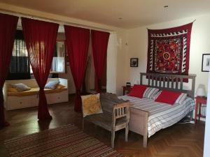 Il Pettirosso, Bed and breakfasts  Certosa di Pavia - big - 9