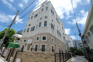 Located Centre of Naha, La Clairchance Kume 203, Apartments  Kume - big - 1