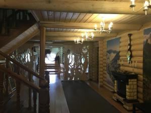 Inn Chalet Polyana, Gasthäuser  Novoabzakovo - big - 5