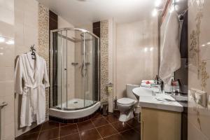 Hotel Bravo Lux, Hotels  Samara - big - 11