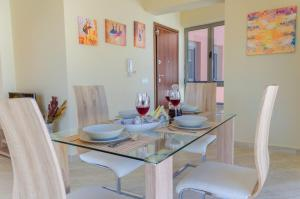 Laura Suites, Apartmány  Zakynthos Town - big - 9