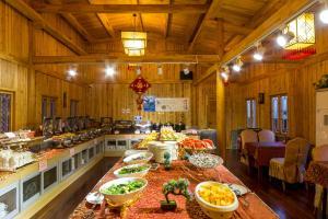Price Yangshuo Changfeng Green Water Resort