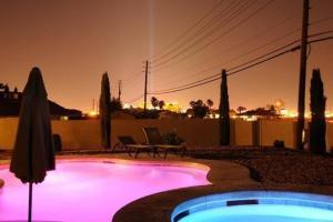 South Strip Estate, Виллы  Лас-Вегас - big - 1