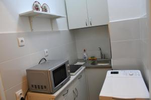 Apartment in the city center, Апартаменты  Белград - big - 9