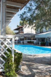 Spacious Two Bedroom Beach House, Case vacanze  Melission - big - 29