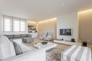 Maravilhas I by Travel to Madeira, Apartments  Funchal - big - 17